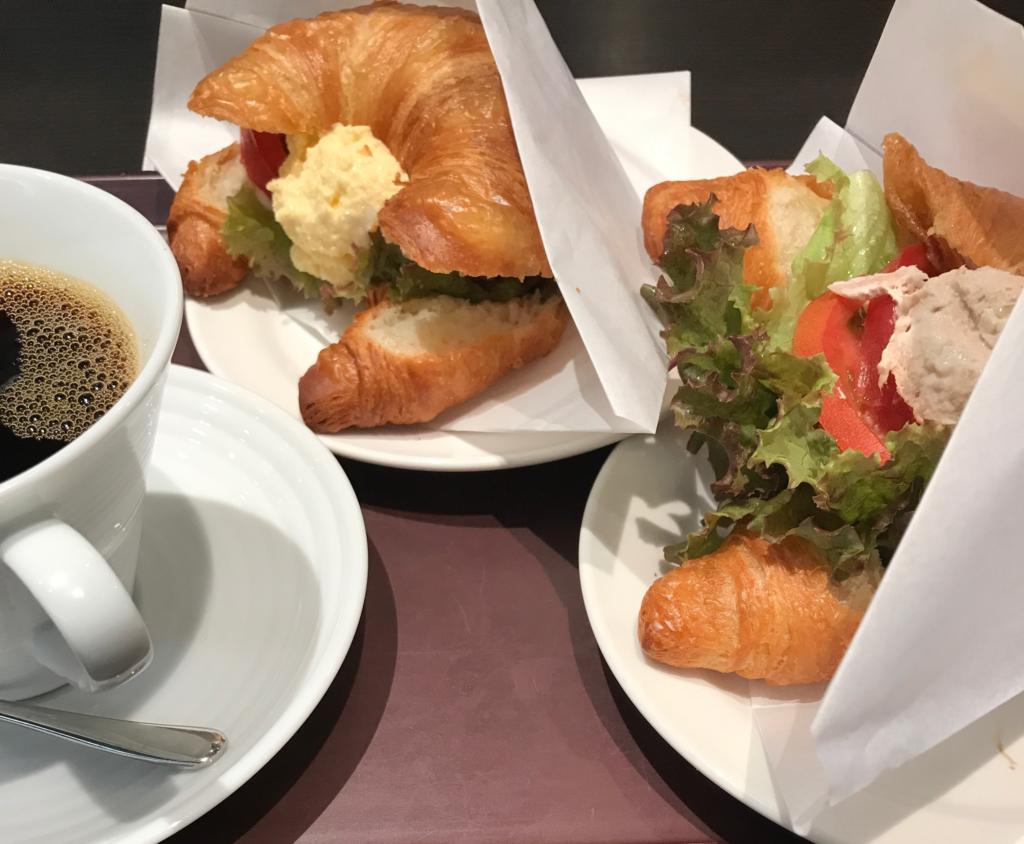 「カフェ珈琲館 渋谷店」は場所と味のわりに空いている
