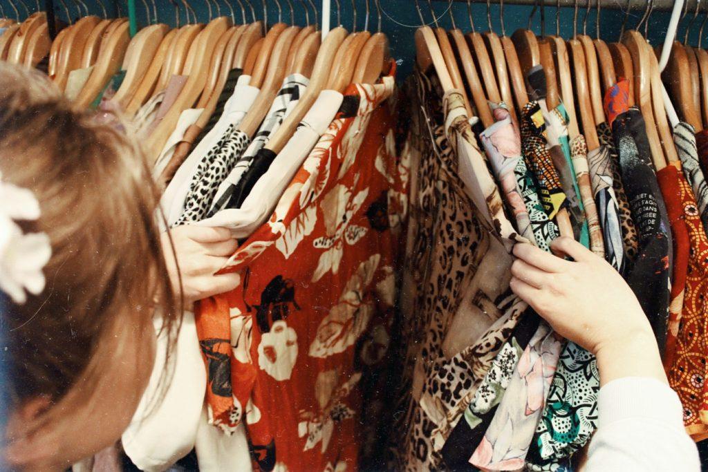手持ち服を断捨離!不用な服はどうすればいい?